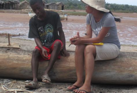 Enquête d'une étudiante du CERED auprès d'un pêcheur de la région d'Ambanja