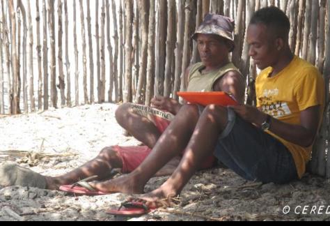 Enquête d'un étudiant du CERED auprès d'un pêcheur de la région d'Ambanja